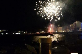 More fuss in Puerto Pollensa: hamburger stand and fireworks