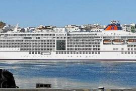 'Best Cruise Ship in the World' docks in Palma
