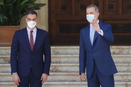 Spain's PM lunching with the King in Palma