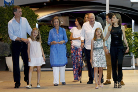 King Felipe on holiday but still attending to matters of state