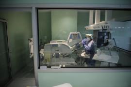 Intensive care, Son Llàtzer Hospital, Mallorca