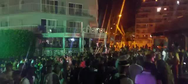 Police disperse Magalluf crowd