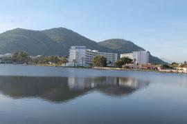 Spotlight North: Up on the roof - Alcudia hotel pools