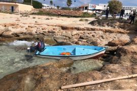 Migrant boat in Formentera