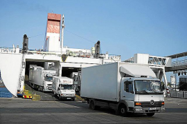Cargo ferries ruining the lives of Porto Pi residents