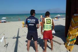Lifeguard and police officer in Playa de Muro, Mallorca