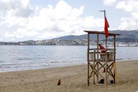 Palma closes all beaches after heavy rains