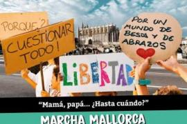Anti-vaccination march in Palma
