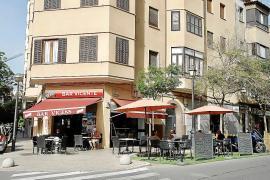 Palma Mallorca bar with temporary terrace