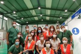 Volunteers at Mallorca mass vaccination centre