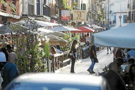 Anger over extended use of parking space terraces in Palma