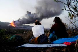 Stay-home order lifted for residents near La Palma volcano eruption