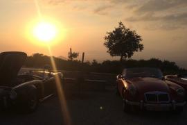 Focus on Cars: Sunset Fun