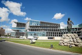 Meliá will open the Palacio de Congresos on 1 April