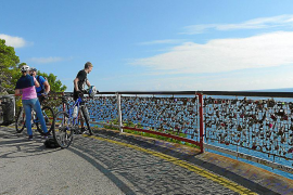 Costa dels Pins padlocks to stay as part of mirador renovation