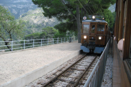 Soller train discount to stop because it is discriminatory