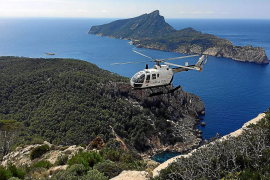 Guardia Civil come to the aid of Tramuntana accident victims