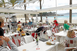Half of Balearic businesses will be hiring more staff this year