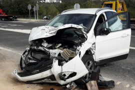 Two injured in collision on the Soller road