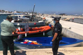 17 immigrants detained on arrival in Formentera.