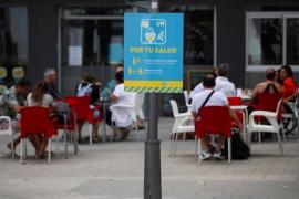 Health rules sign in L'Hospitalet, Barcelona