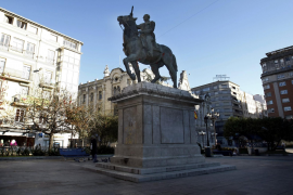 Statue of Franco.