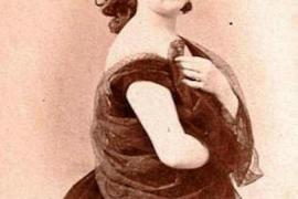 Soprano Dionisia Fiter.
