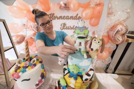 Nuria Iglesias with some of her cakes.