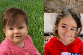 1-year-old Anna & 6-year-old Olivia.