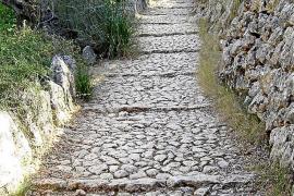 Tramuntana Mountains stone paths, Mallorca