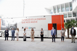 Mobile vaccination service for the Balearics