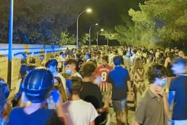 Spanish students in the streets in Arenal