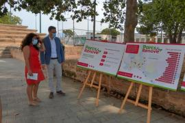 Palma Mayor, José Hila, and Infrastructures Councillor, Angélica Pastor with the Parc plan.