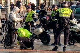 Police checking VMPs in Palma.