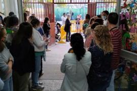 Silent protest at Gabriel Vallseca School in Son Gotleu.